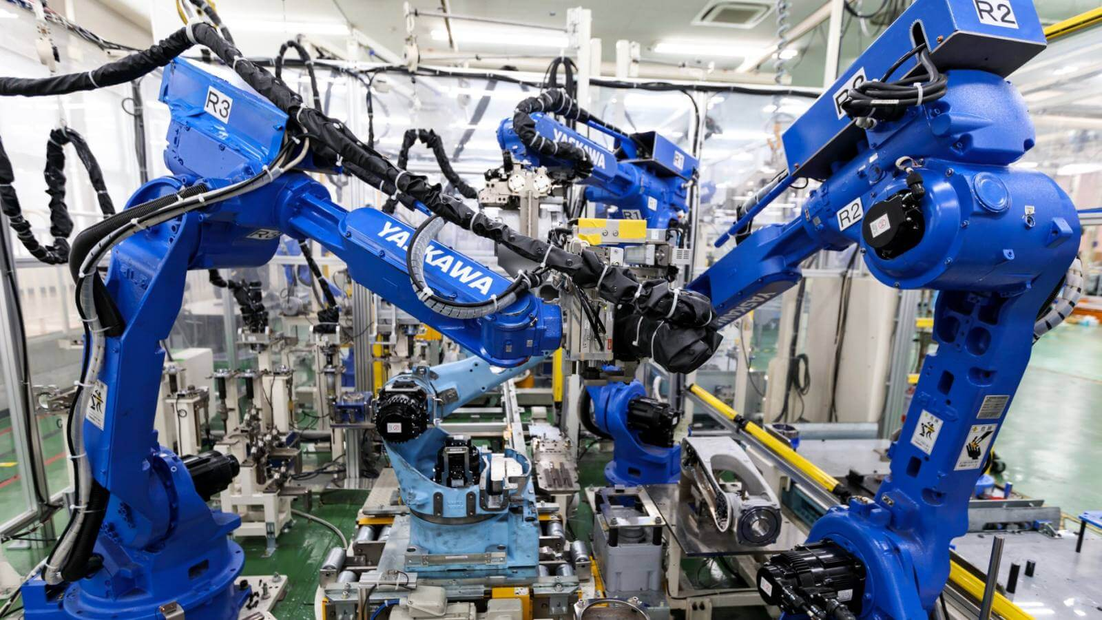 Photo of Overseas Demand for Japanese Machinery Slumps to Record Lows
